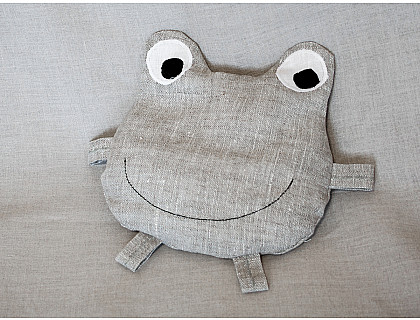 Pillow-toy Frog filled with buckwheat shells